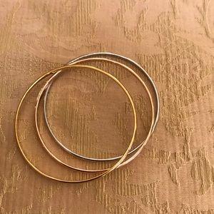 Gorgeous carolee bracelets